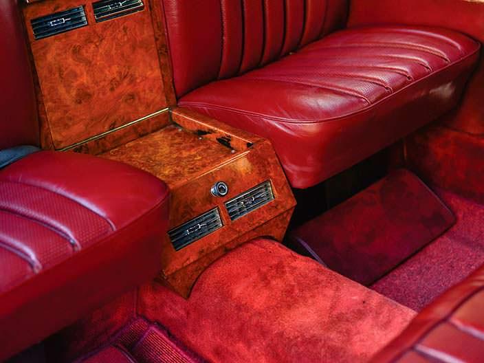 Двухзонный климат в Mercedes-Benz 600 Pullman 1969 года