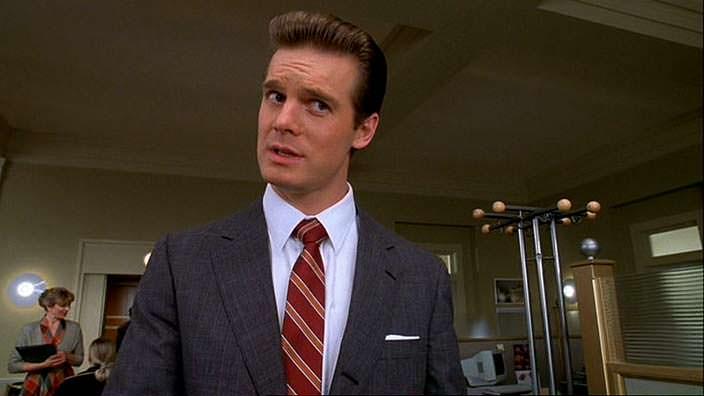 Фото | Питер Краузе в роли шефа Трумана. 1998 год