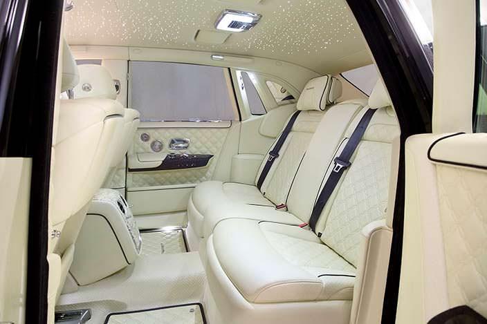 Кожаный салон Rolls-Royce Phantom VIII. Тюнинг от Mansory