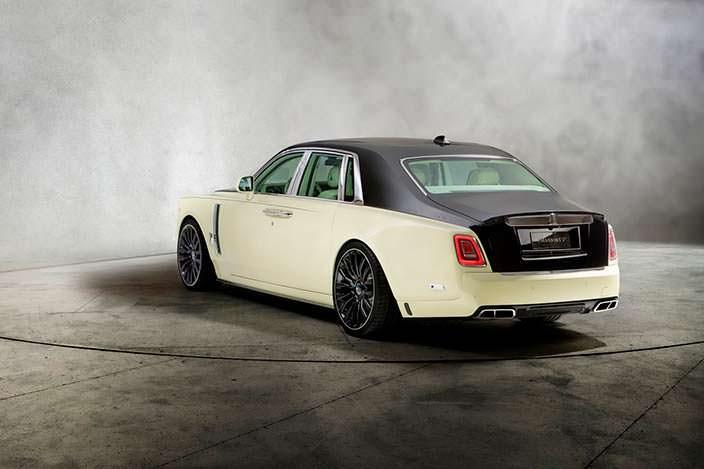 Двухцветный Rolls-Royce Phantom VIII. Тюнинг от Mansory