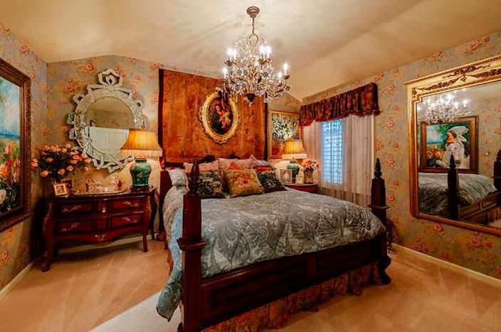 Элитная спальня в доме Дрю Берримор