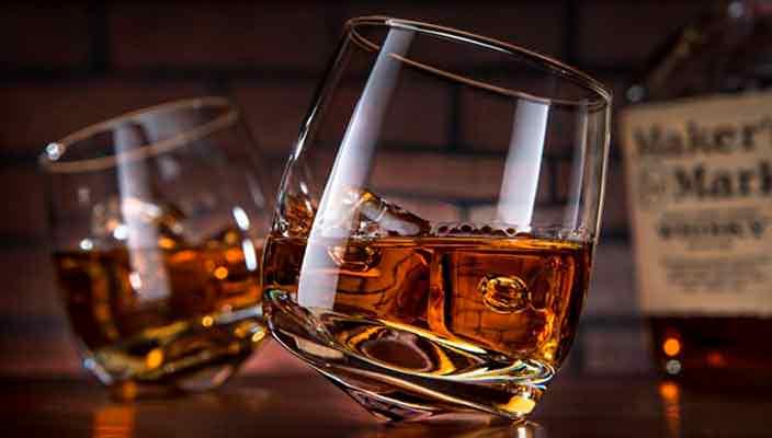 Какие бокалы для виски нужны в домашнем мини-баре: удивительные секреты