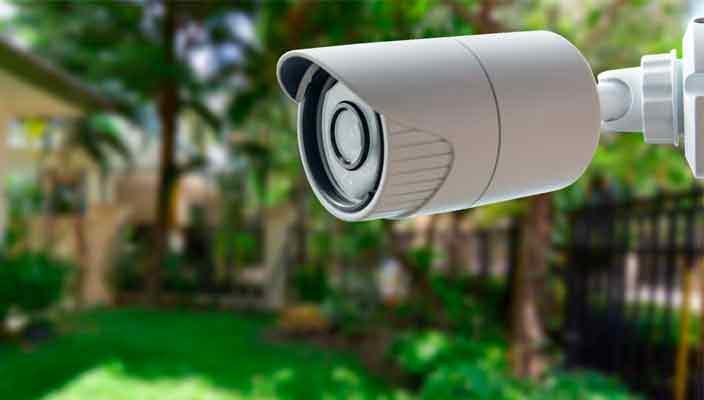 Современная IP камера наблюдения в доме. Зачем ее покупать