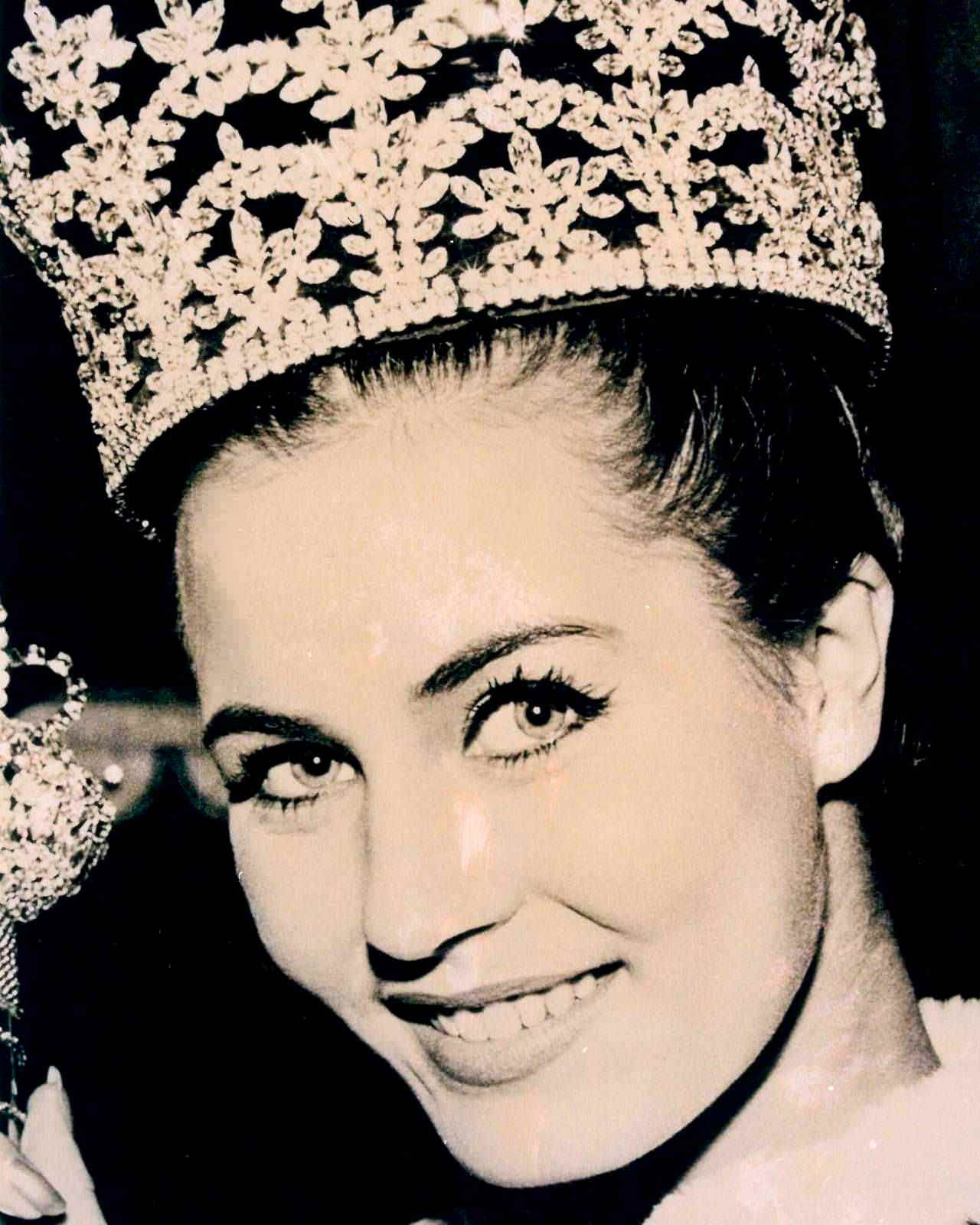 Фото   Мисс Мира 1962 года Катарина Лоддерс