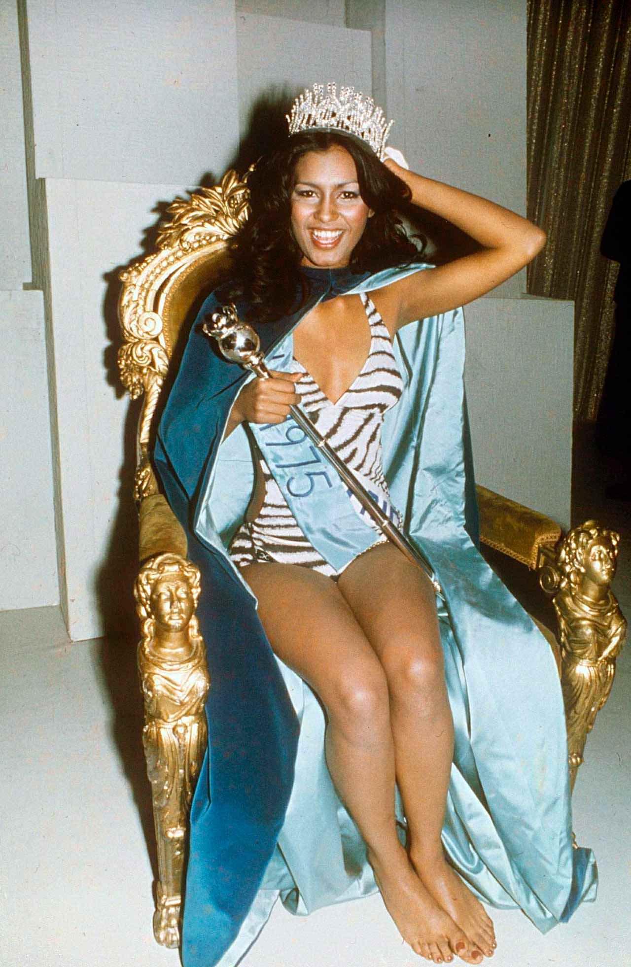 Фото   Мисс Мира 1975 года Вильнелия Мерсед