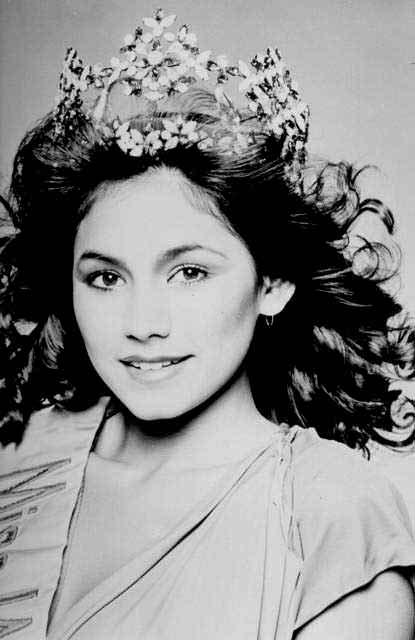 Фото | Мисс Мира 1980 года Кимберли Сантос