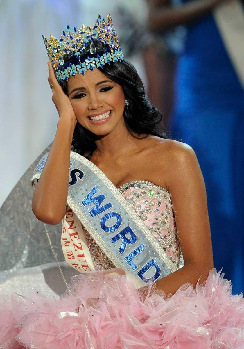 Фото   Мисс Мира 2011 года Ивиан Саркос