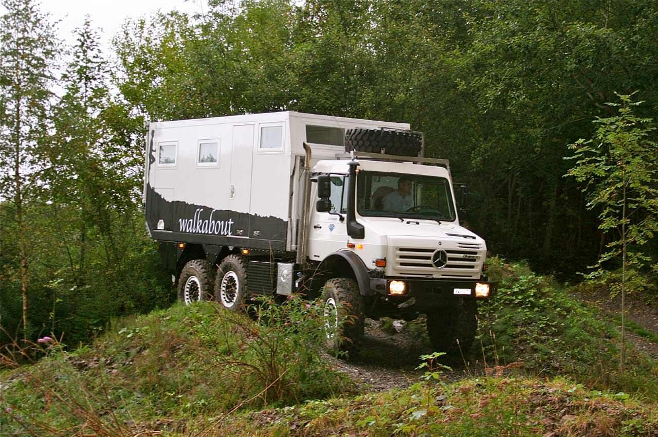 Новый грузовик для выживания из Unimog U 4000   фото, инфо