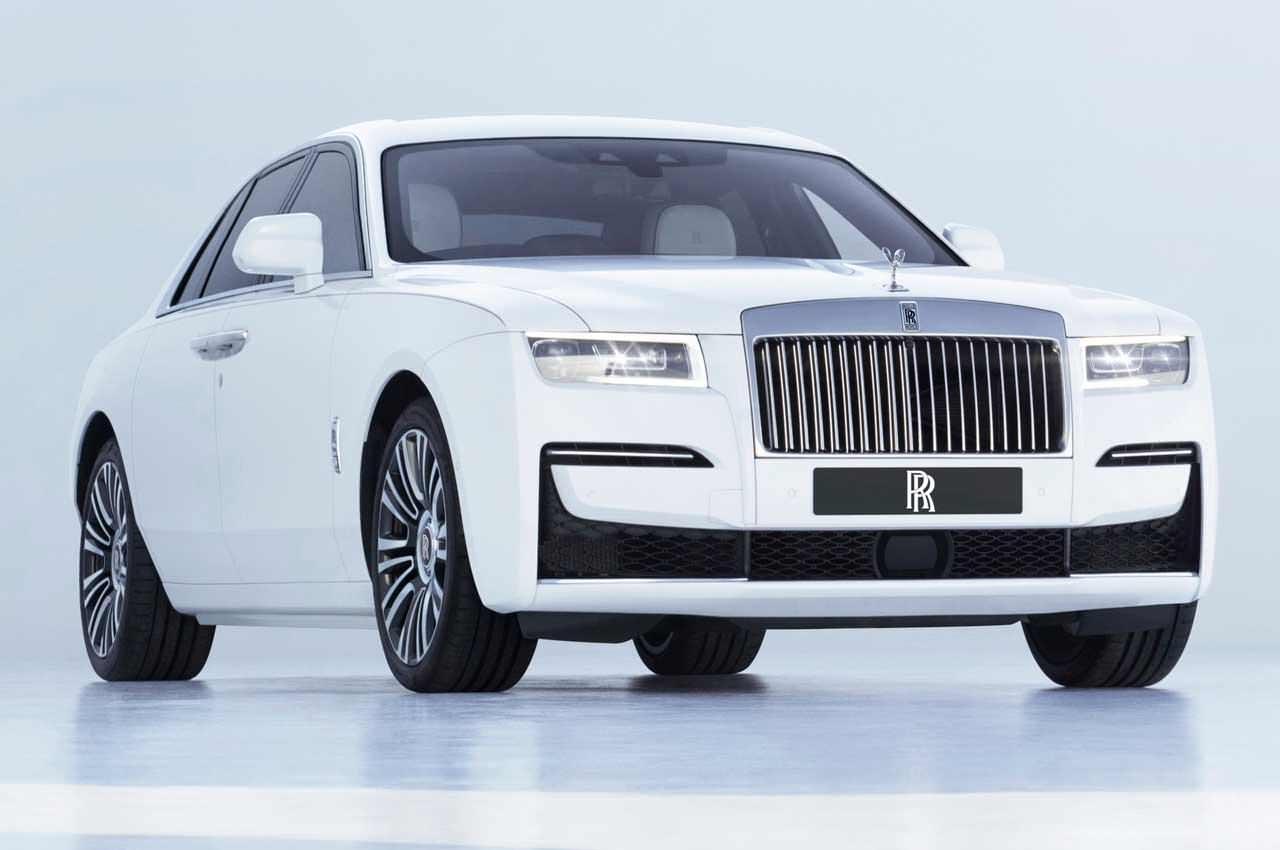 Rolls-Royce Ghost нового поколения выкатили официально | фото