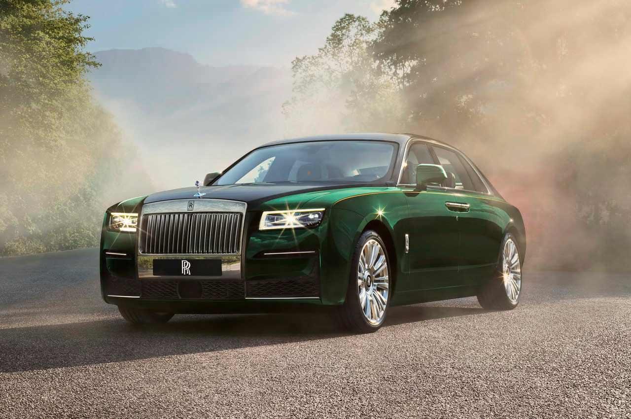 Показан новый лимузин Rolls-Royce Ghost Extended официально