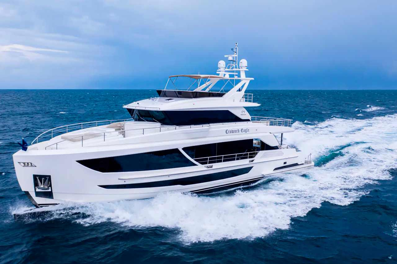 Horizon Yachts запустил яхту Crowned Eagle длиной 28 м | фото