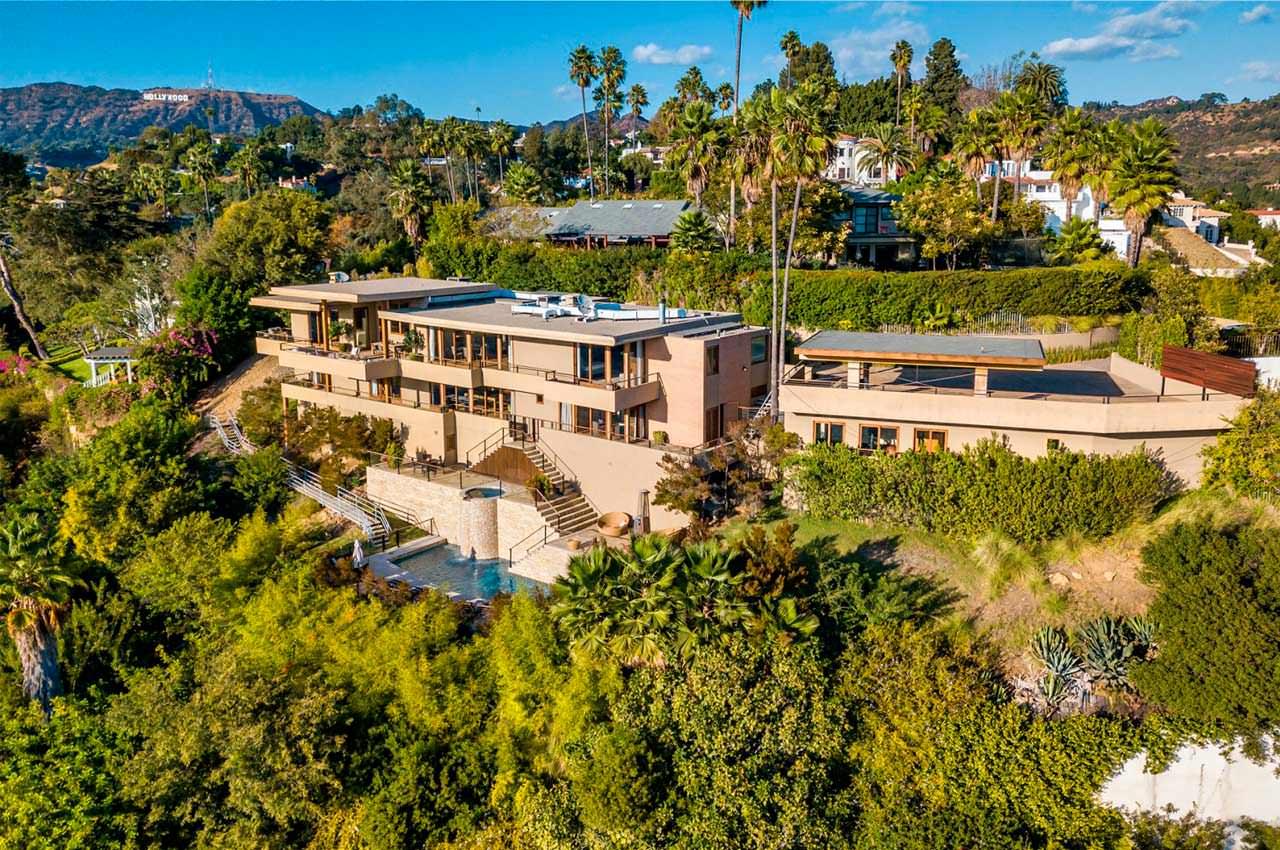 Актёр Зак Эфрон продаёт дом в Лос Фелис. Цена $5,9 млн, фото