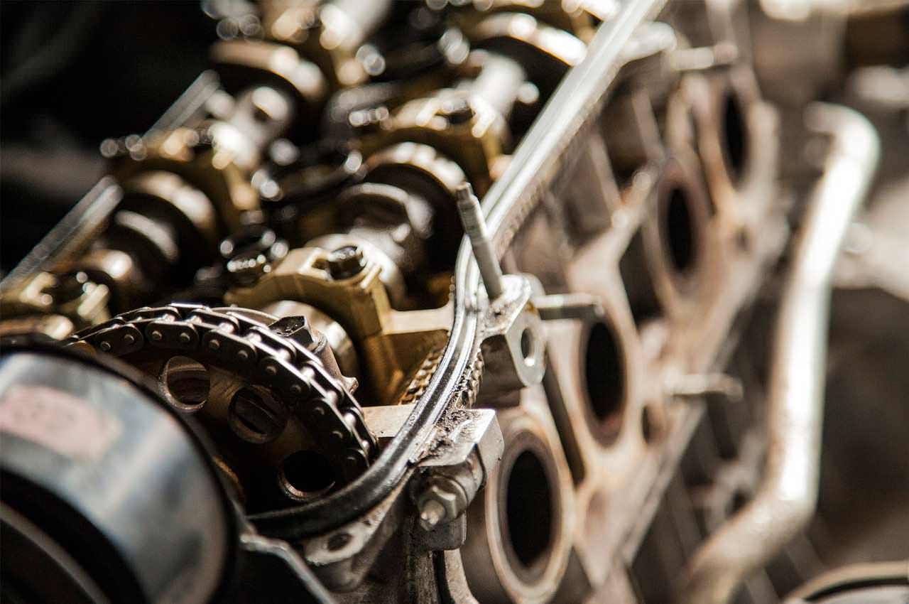 Защита двигателя от компании Кольчуга. Преимущества защиты