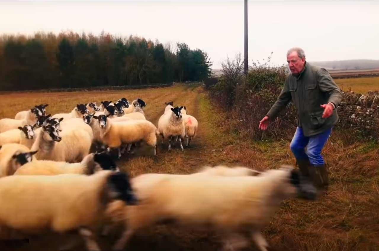 Джереми Кларксон променял машины на овец и ферму