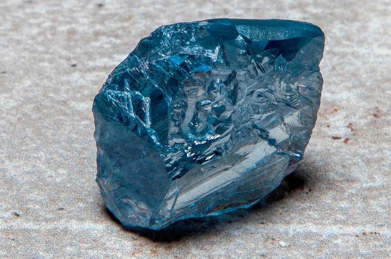 Petra продаёт исключительный голубой бриллиант весом 39 карат