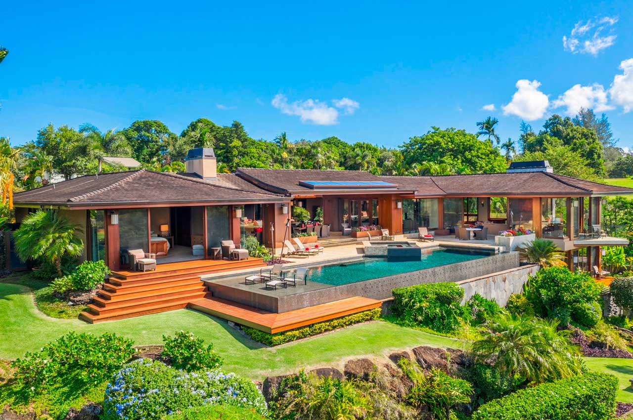 Музыкант Карлос Сантана купил виллу на Гавайях за $20,5 млн