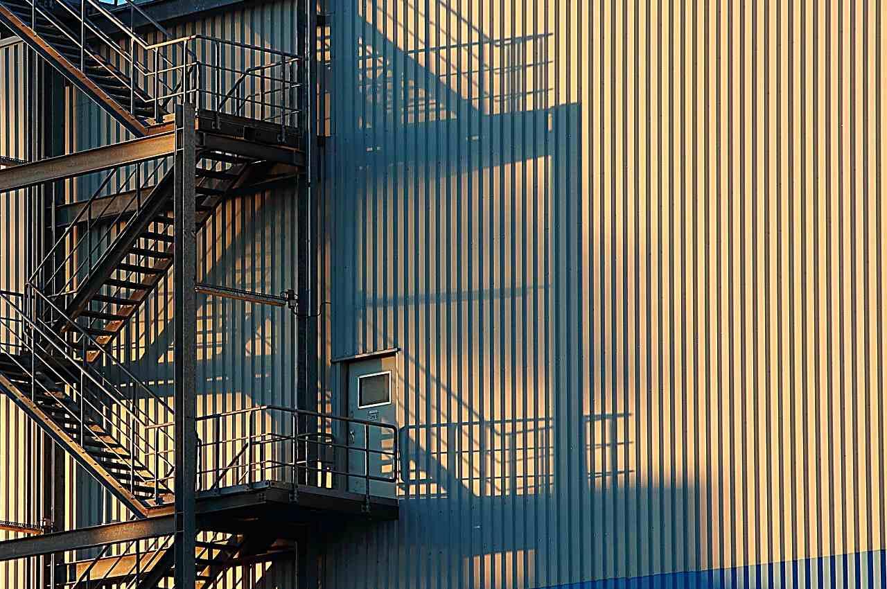 Быстровозводимые здания: из чего строят, где применяют