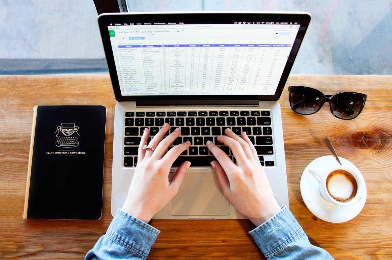 Какой ноутбук выбрать студенту чтобы не покупать каждый год