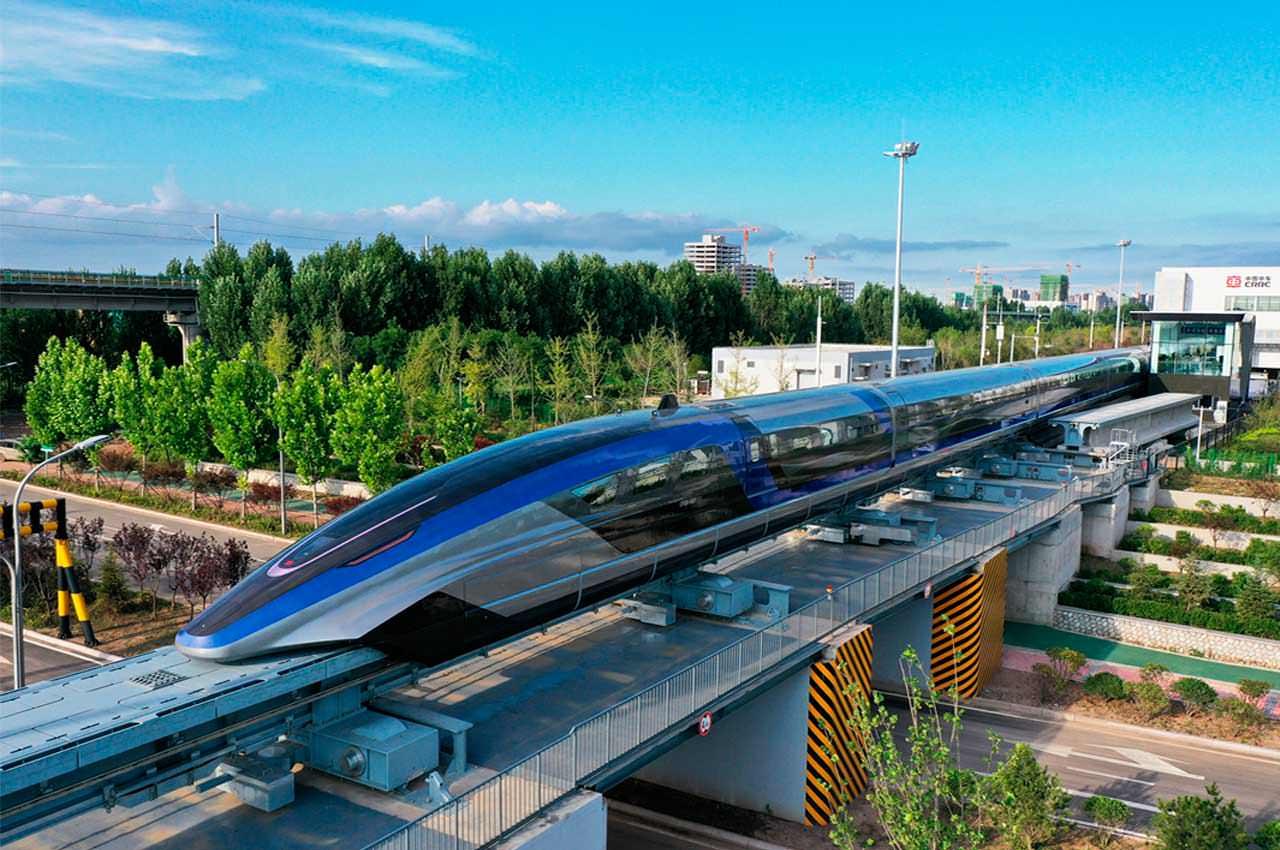 Самый быстрый поезд маглев построили в Китае: скорость 600 км/ч