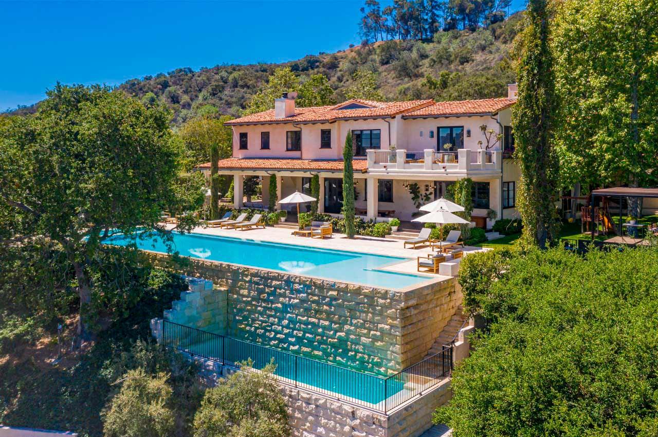 Джастин Тимберлейк и Джессика Бил продают дом в Голливуде